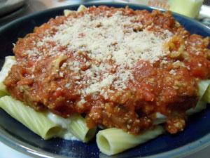 Rigatoni and Tomato Sauce